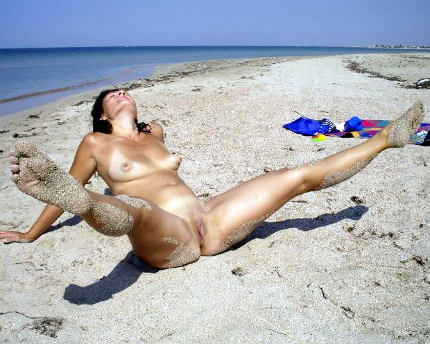 Family nudism blog  young and adult nudists photo and video